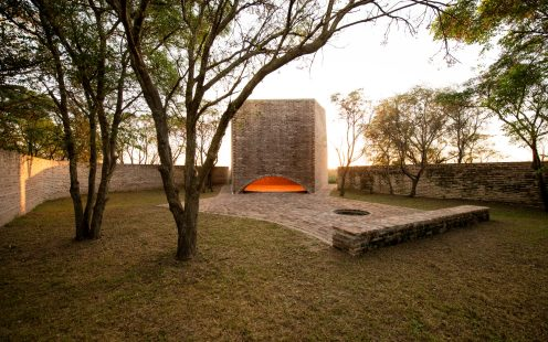 "San Bernardo Chapel with clay blocks; Brick Award 2018 Special Prize Winner Category ""Sharing Public Spaces""; Nicolás Campodonico Estudio; Photo: Nicolás Esteban Campodonico"